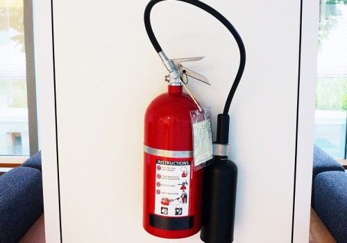 Fire extinguisher has red color, use when  happens the fire, hang it on the wall in the visible area.